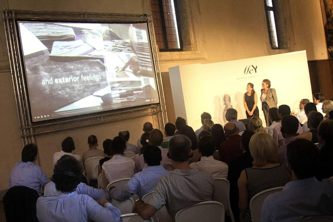 MCY 76 Worldwide Press Première