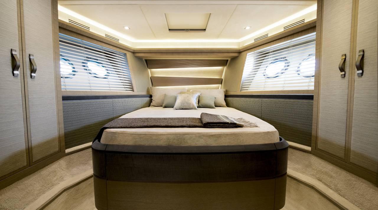 Vip cabin MCY 70