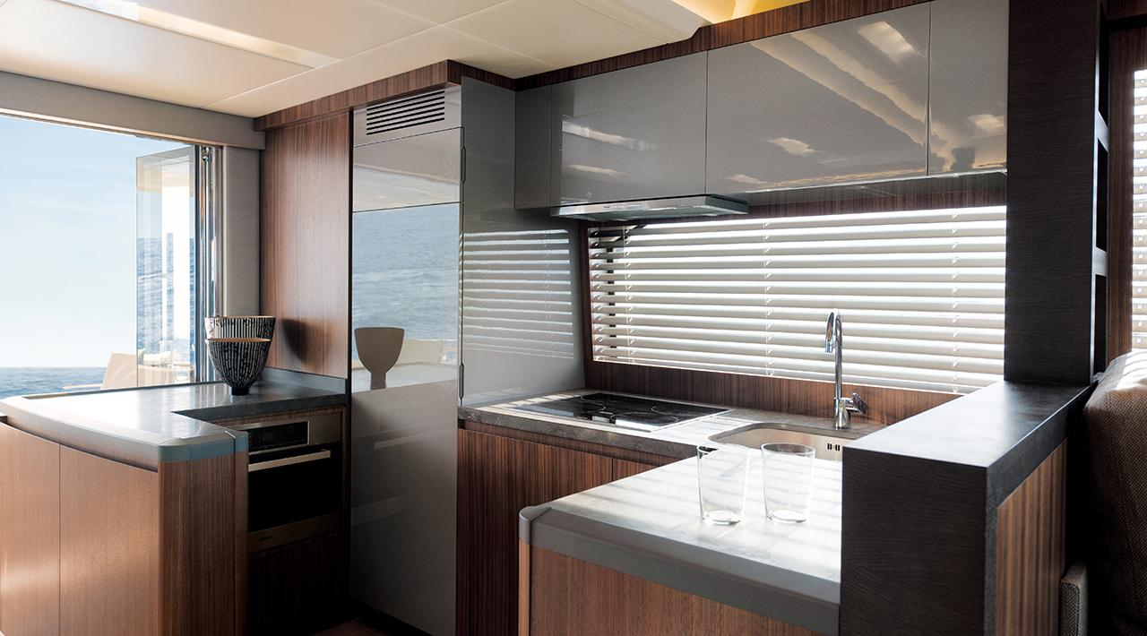 Galley MCY 65